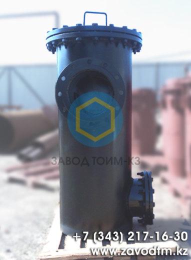 Вертикальный грязевик Ду 300 ТС-567 серия